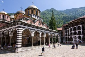 WHAT TO DO WHEN IN SOFIA Rila_Monastery_August_2013