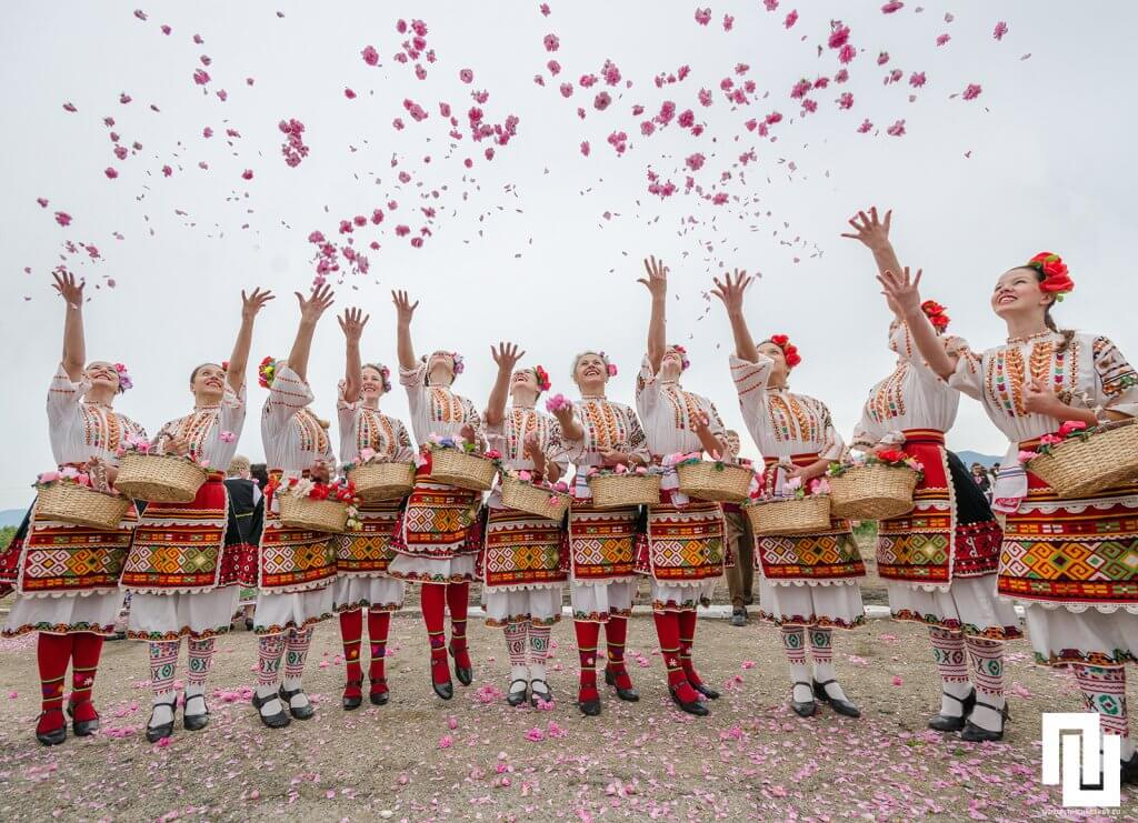 Festival-of-roses-in-Kazanluk