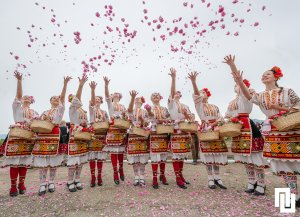 WHAT TO DO WHEN IN SOFIA Festival-of-roses-in-Kazanluk